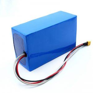 Litio kargagarria 36V 10Ah Li -on 18650 patinete elektrikoaren bateria