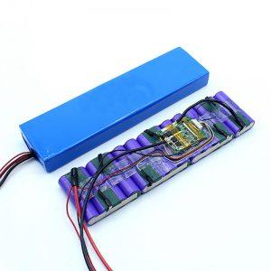 Fabrikako prezioa Neurrira egindako 18650 36 Volteko Bateria Litio Ioi 36 V Bateria